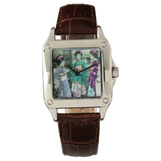 Vintage Three Young Geisha in Old Japan Wrist Watch