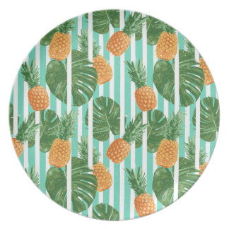 Vintage Tropical Pineapple Vector Seamless Pattern Plate