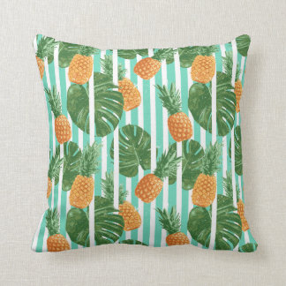 Vintage Tropical Pineapple Vector Seamless Pattern Throw Pillow