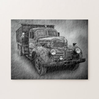 VINTAGE TRUCK IN BLACK AND WHITE JIGSAW PUZZLE