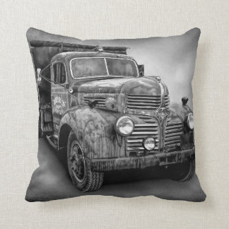 VINTAGE TRUCK IN BLACK AND WHITE THROW PILLOW