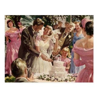 Vintage Wedding Bride Groom Newlyweds Cut Cake Postcard