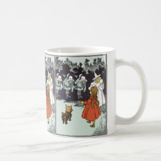 Vintage Wizard of Oz Dorothy Toto Glinda Munchkins Classic White Coffee Mug