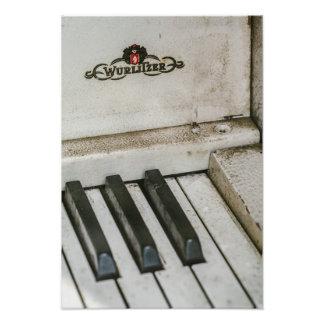 Vintage Wulitzer Electric Piano Photo
