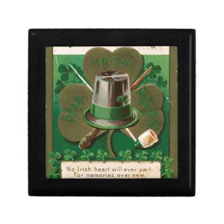VintageSaint Patrick's day shamrock erin go bragh Gift Box