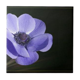 Violet flower tile