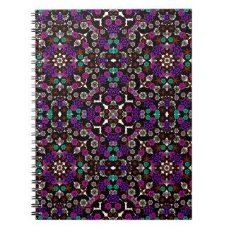 violette florale de motif carnet