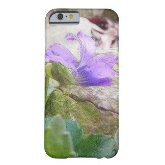 Violette pourpre dans le jardin de roche coque barely there iPhone 6