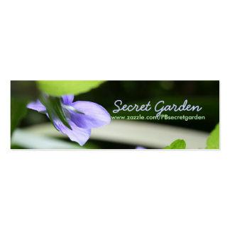 Violettes secrètes - photographie florale carte de visite petit format