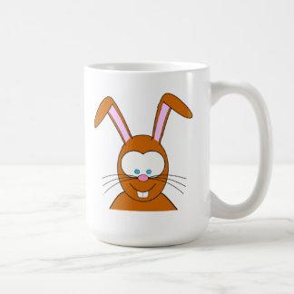Visage de lapin de bande dessinée tasse à café
