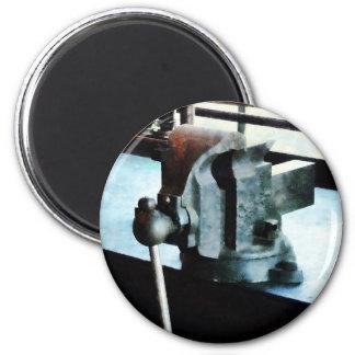 Vise 2 Inch Round Magnet