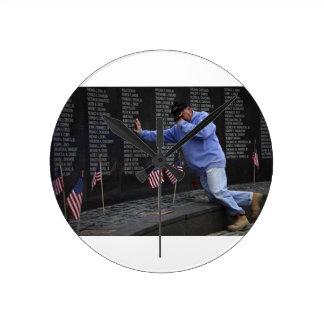 Visiting The Vietnam Memorial Wall, Washington DC. Round Clock