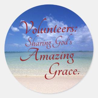 Volunteers share God's amazing grace Round Sticker
