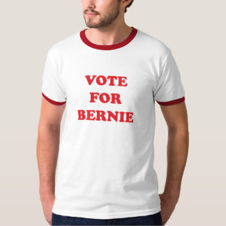 VOTE FOR BERNIE SANDERS T-Shirt
