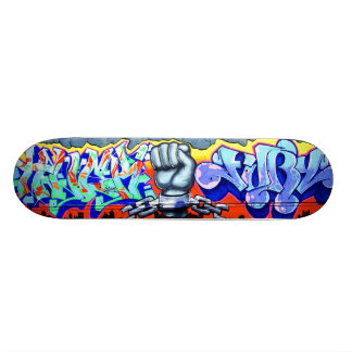 Vraies planches à roulettes de graffiti