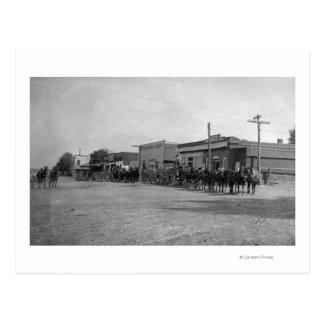 Vue des équipes de chariot de cheval sur la rue cartes postales