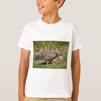 Vulture on grass T-Shirt