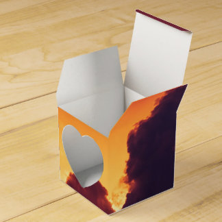w in weather favor box