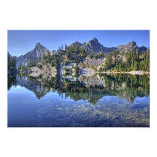 WA, Alpine Lakes Wilderness, Gem Lake, with Photo
