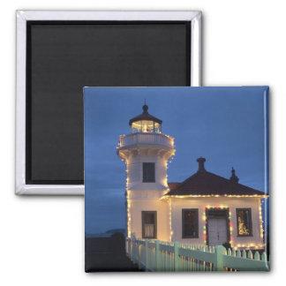 WA, Mukilteo, Mukilteo Lighthouse, established Square Magnet
