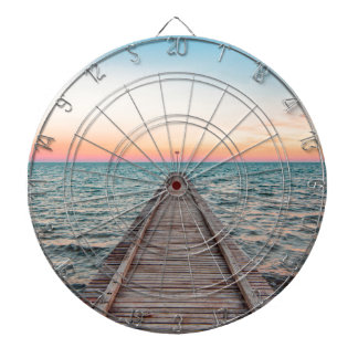 Walking towards the infinity of the sea dartboard
