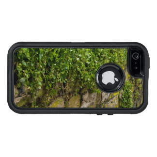 Wall Of Ivy OtterBox iPhone 5/5s/SE Case