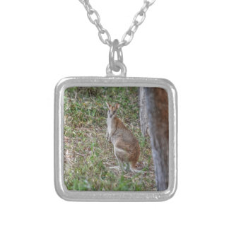WALLABY RURAL QUEENSLAND AUSTRALIA ART EFFECTS SILVER PLATED NECKLACE