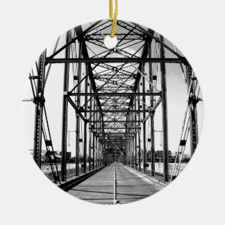WALNUT STREET BRIDGE - CHATTANOOGA, TN ROUND CERAMIC ORNAMENT