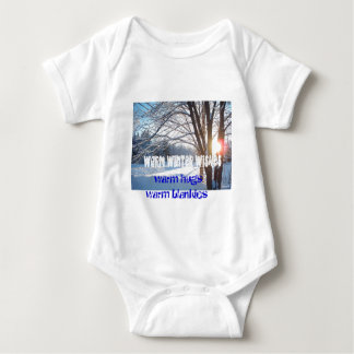 WARM HUGS WARM BLANKIES Winter Sunrise Design T-shirt