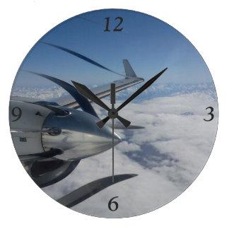 Warped Propeller Clock