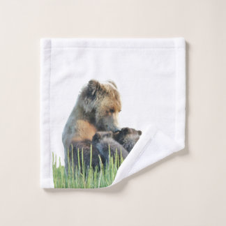 wash cloth w/ grizzly bear  and cubs