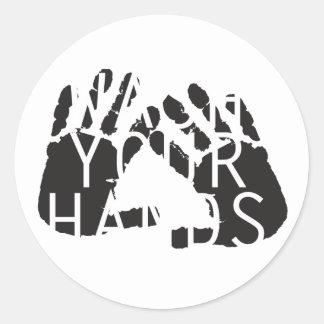 WASH YOUR HANDS CLASSIC ROUND STICKER