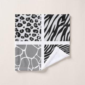 Washcloth tigers  pattern wash cloth