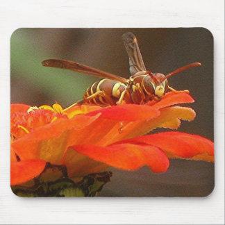 WASP LANDING mousepad