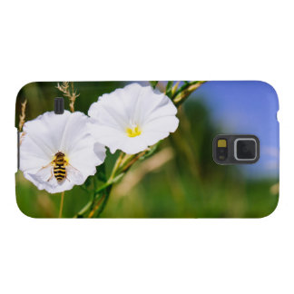 Wasp On A White Flower, Nature Photograph Galaxy S5 Covers