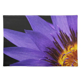 water-lily placemat