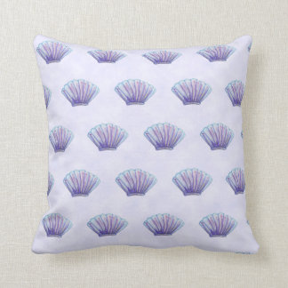 WATERCOLOR SEA SHELL PATTERN, Lavender Throw Pillow
