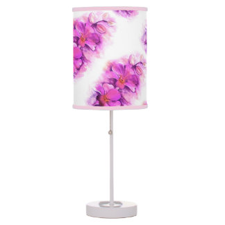 Watercolour radiant orchid pattern pink white lamp