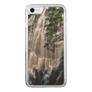 Waterfall in forest, Oregon Carved iPhone 8/7 Case