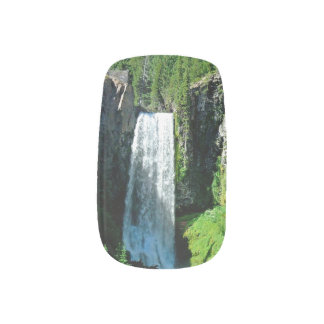 Waterfall Nail Art