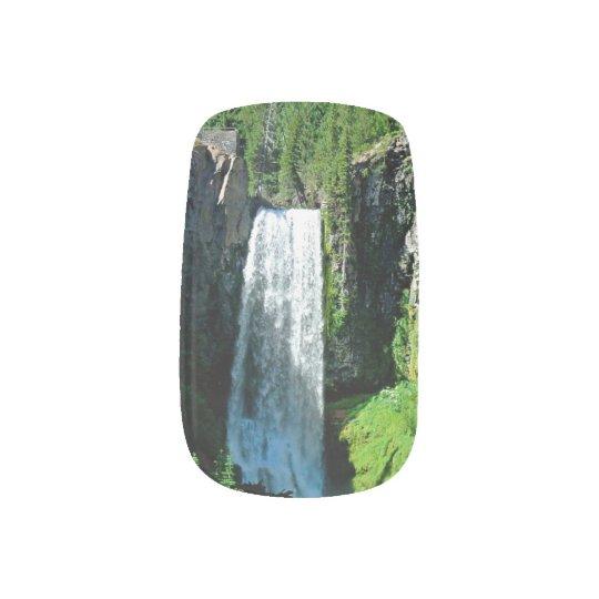 Waterfall Nail Art