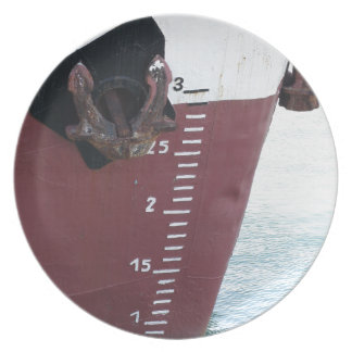 Waterline marked on the ship with scale numbering plate