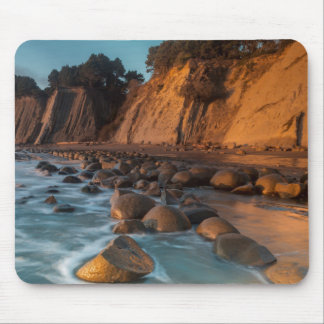 Wave along the beach, California Mouse Pad