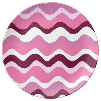 Waves 2 (wink) porcelain plate