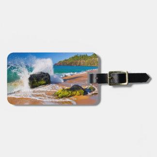 Waves crash on the beach, Hawaii Luggage Tag