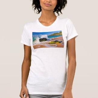 Waves crash on the beach, Hawaii T-Shirt