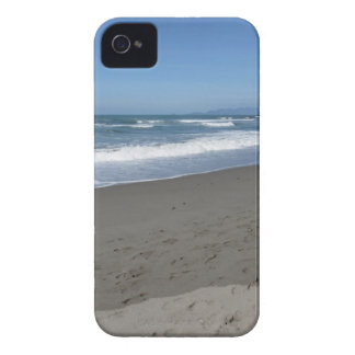 Waves of the sea on the sand beach iPhone 4 Case-Mate cases
