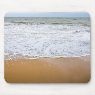 Waves on the beach mousepad