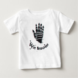 we know design cute baby T-Shirt