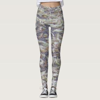 Wear this FALL design LEGGINGS all year.